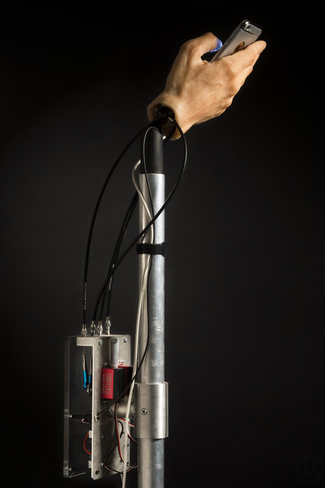 Miocugino Mano Animatronic Telefono Meccanismo Elettronica
